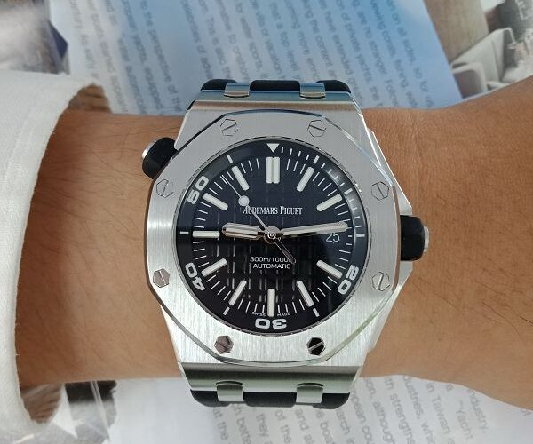 台中流當手錶拍賣 原裝 Audemars Piguet 愛彼 Royal Oak 自動 盒單齊全 喜歡價可議 KR010