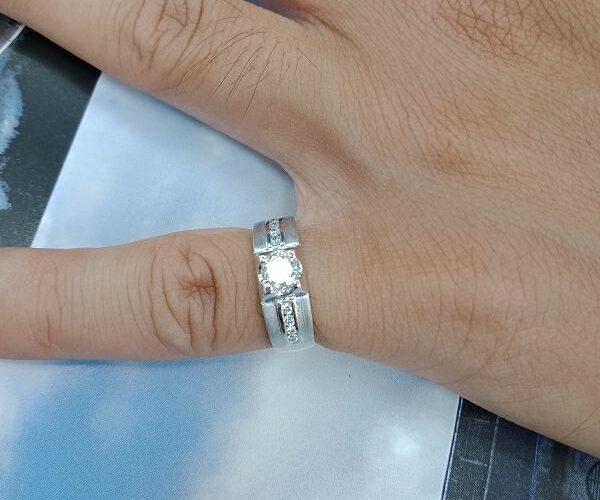 台中流當精品拍賣會 流當鑽石 36分 E色 K金 女鑽戒 喜歡價可議 KS012