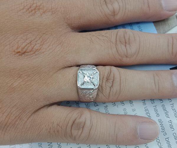 台中當舖流當品 流當鑽石拍賣 38分 F色 K金 男鑽戒 特價出清 KS020